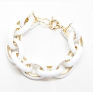 White and gold link bracelet